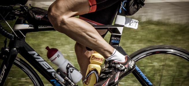 ロードバイク素人以上プロ未満の人は間違いなく速い人